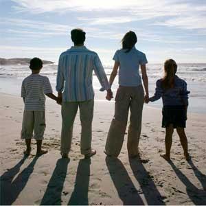 Αποτέλεσμα εικόνας για ελληνική οικογένεια